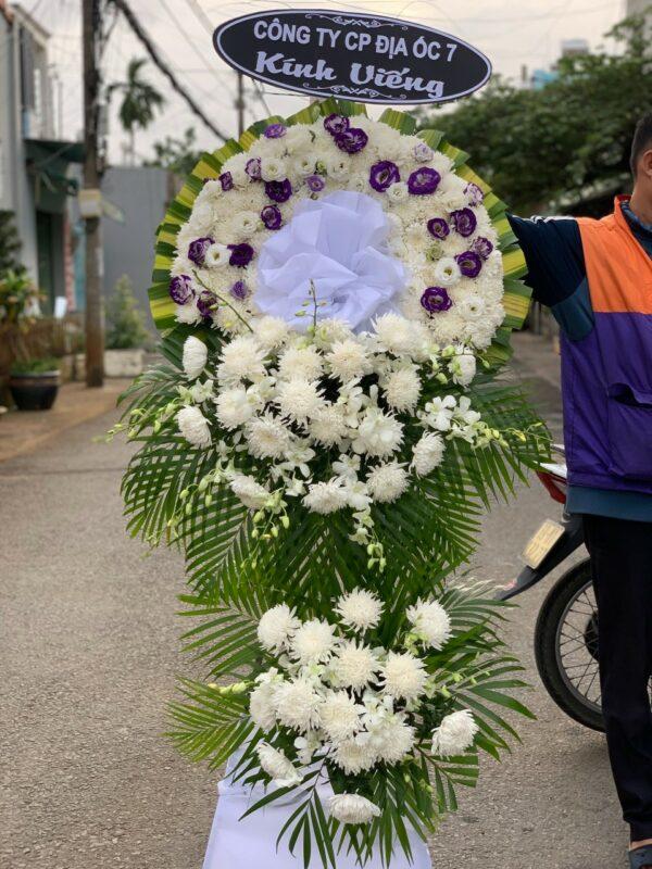 hoa đám tang chợ lách