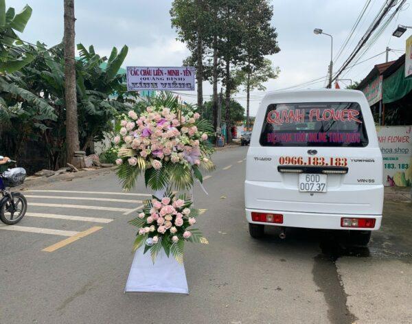 hoa đám tang hòa bình