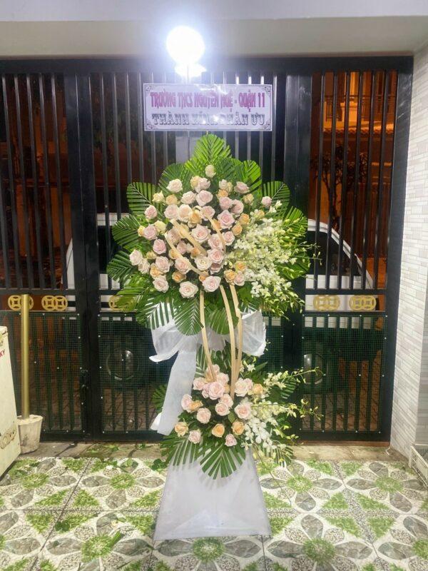 hoa đám tang năm căn