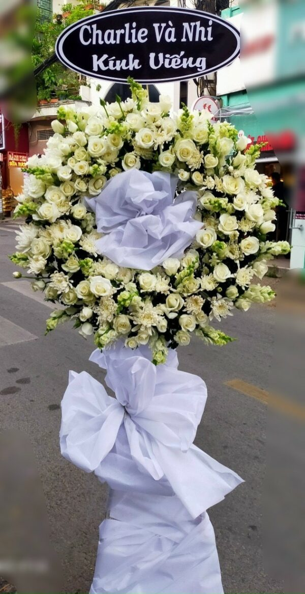 hoa đám tang tháp mười
